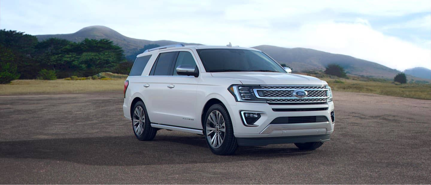 Star White Ford Expedition