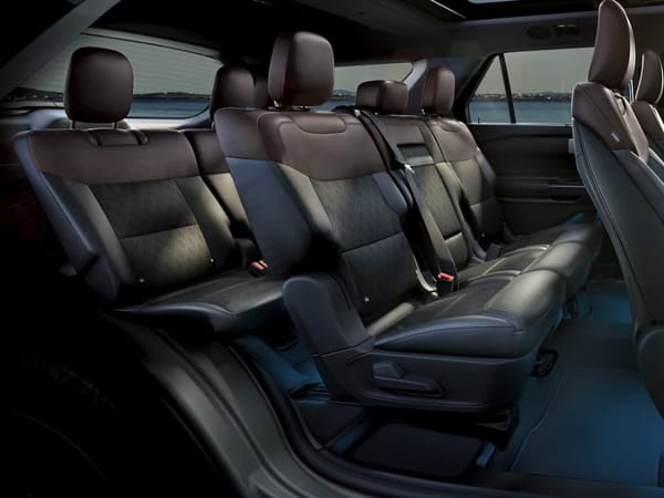 Ford Explorer large seating capacity