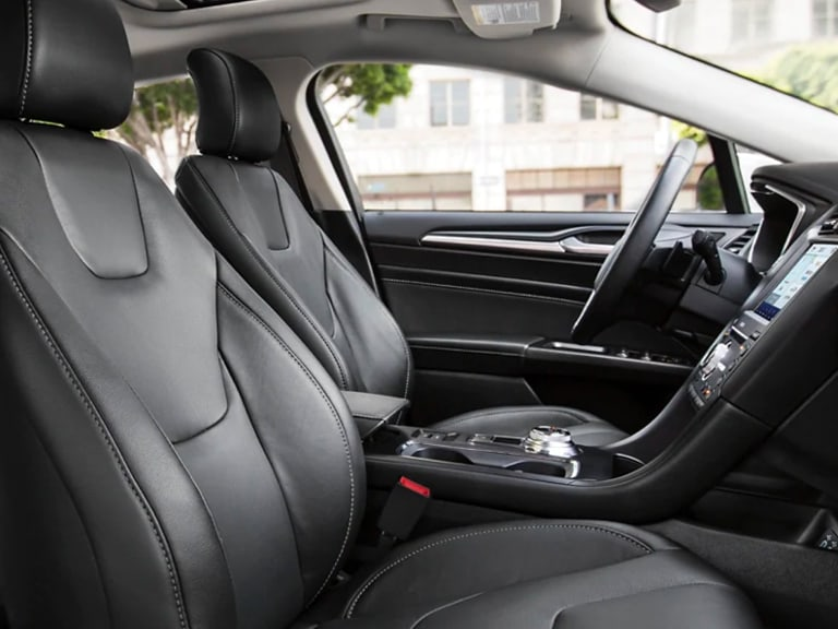 2020 Ford Fusion front seats