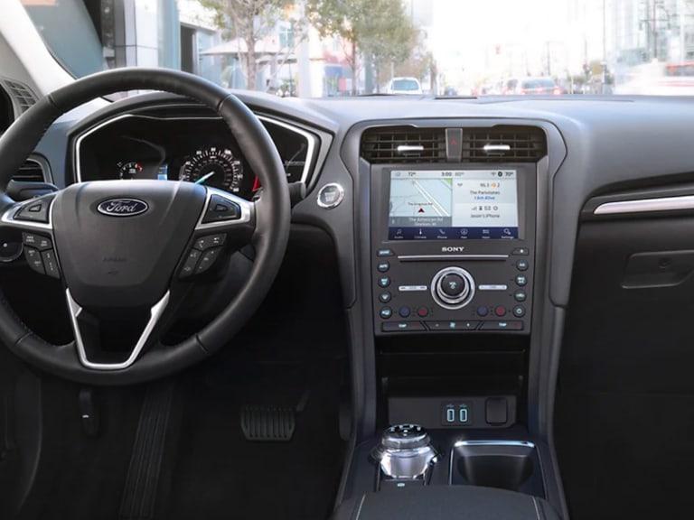 2020 Ford Fusion steering wheel & dash