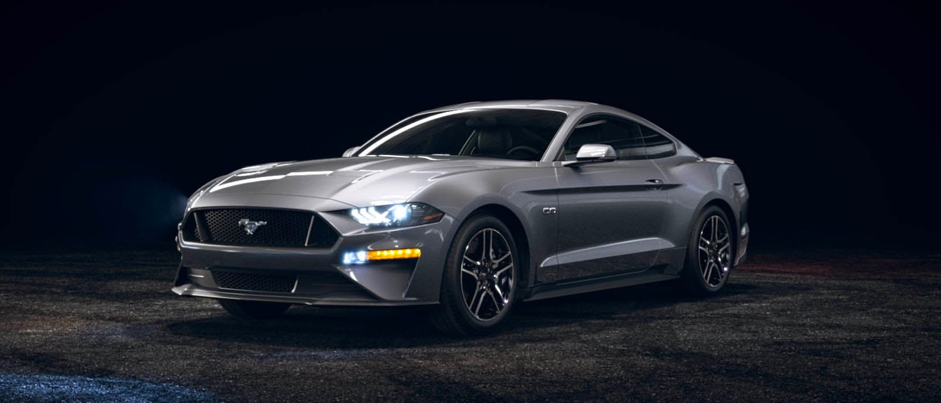 2021 Ford Mustang in Iconic Silver