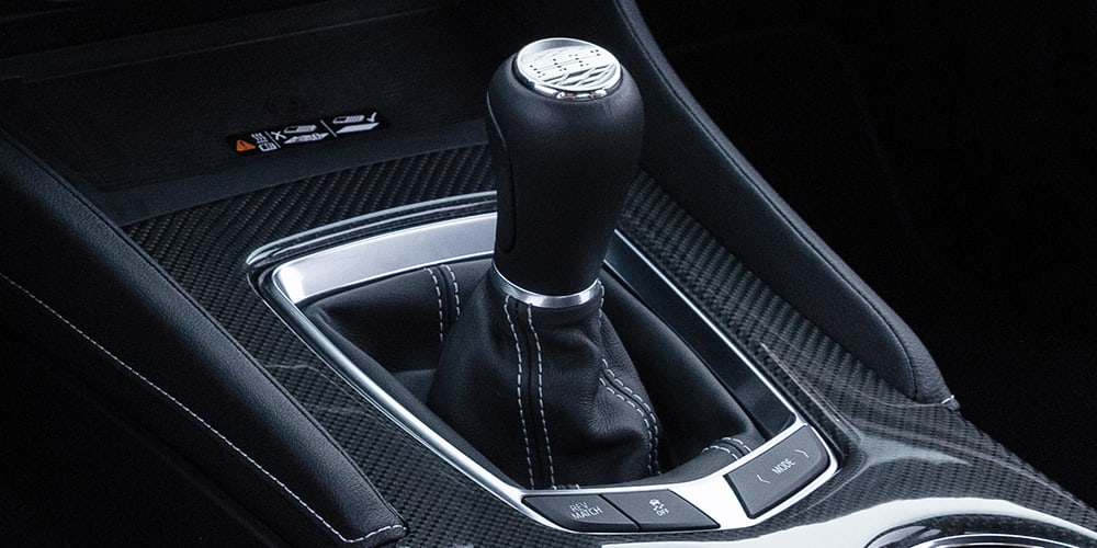 20222022 Cadillac CT4-V Blackwing 6-speed transmission
