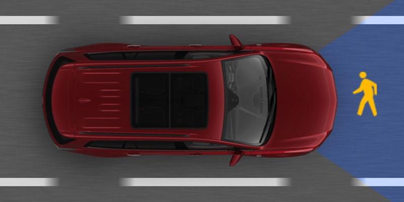 2021 Cadillac XT5 front pedestrian braking