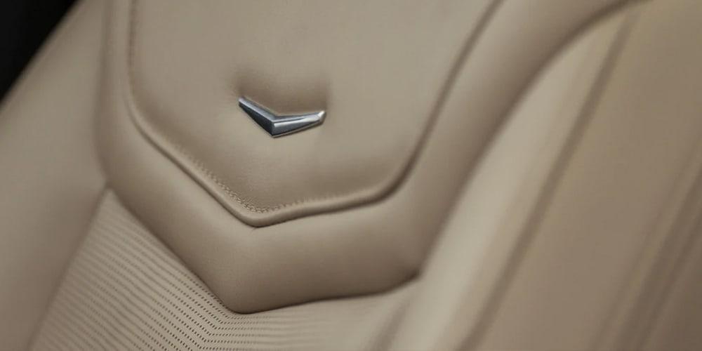 2021 Cadillac XT6 leather seats