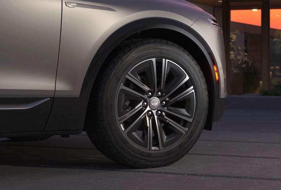 Cadillac Lyriq 20 inch wheel