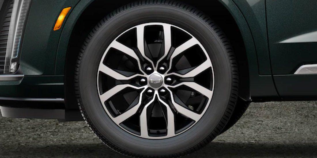 2021 Cadillac XT6's Wheel