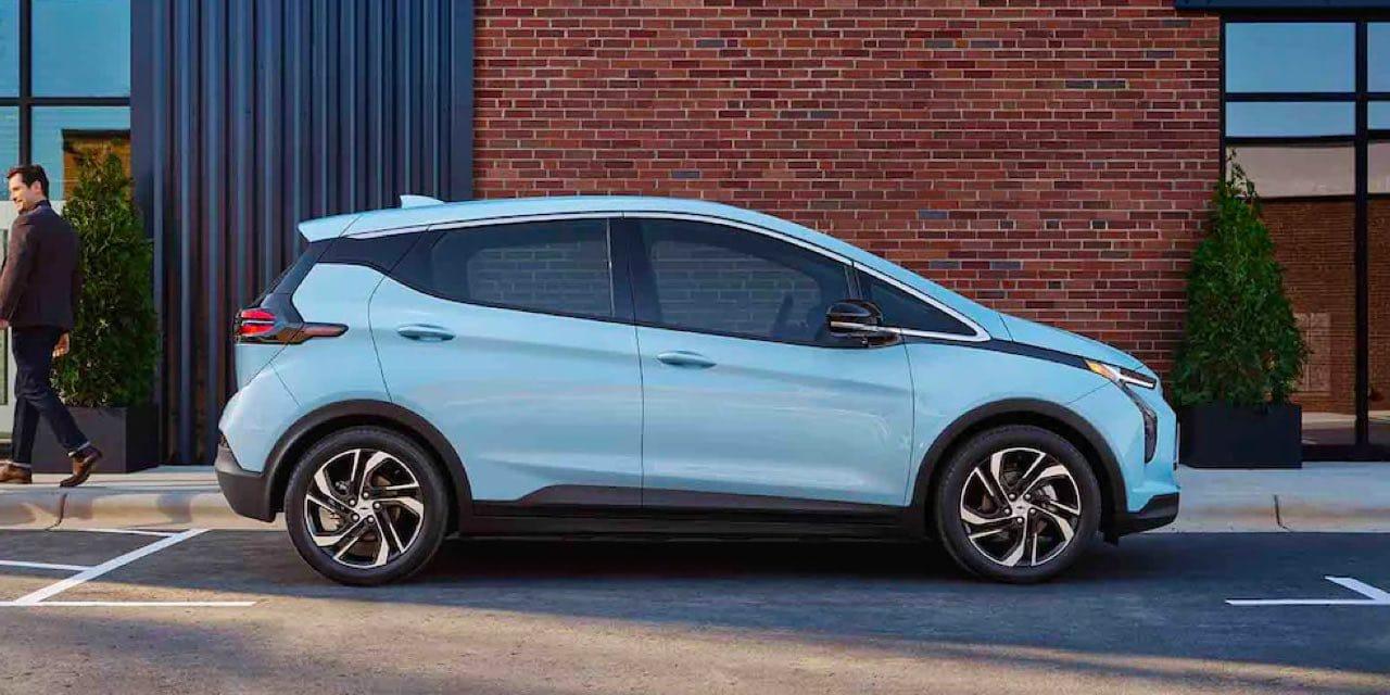 2022 Chevrolet Bold EV Parked