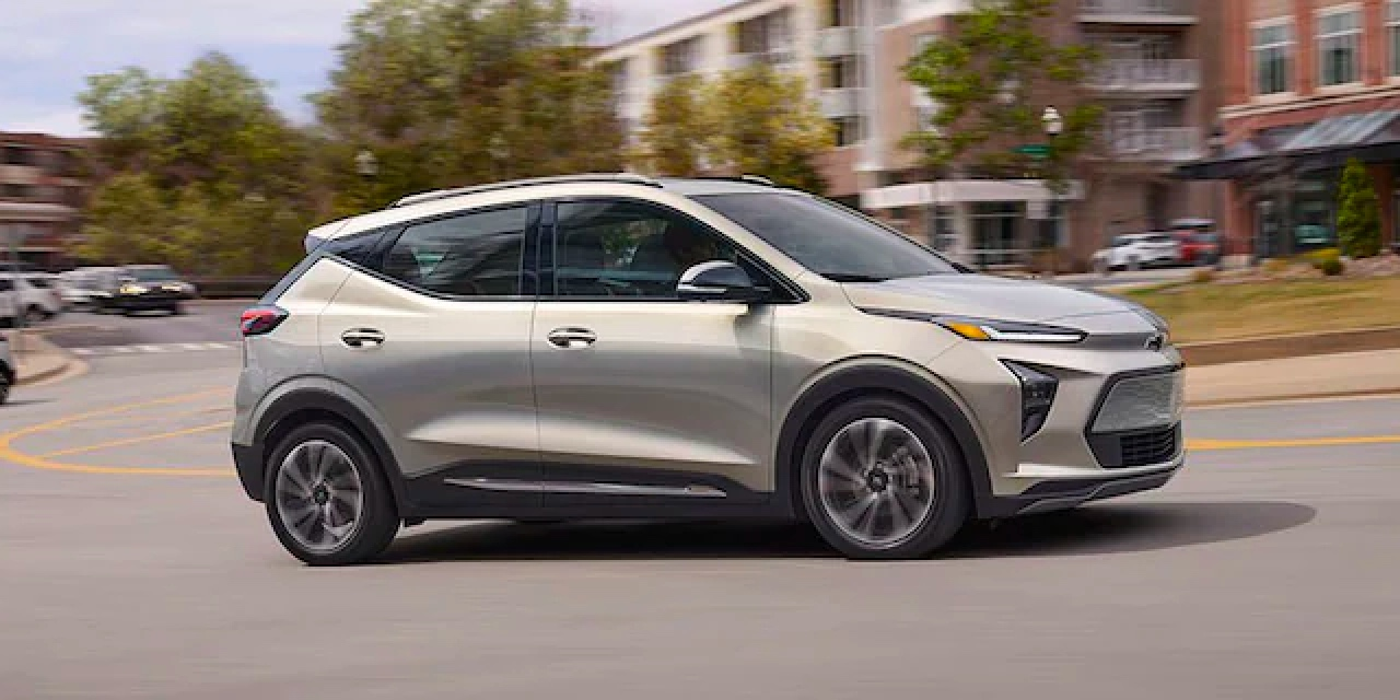 2022 Chevy Bolt EUV Side View