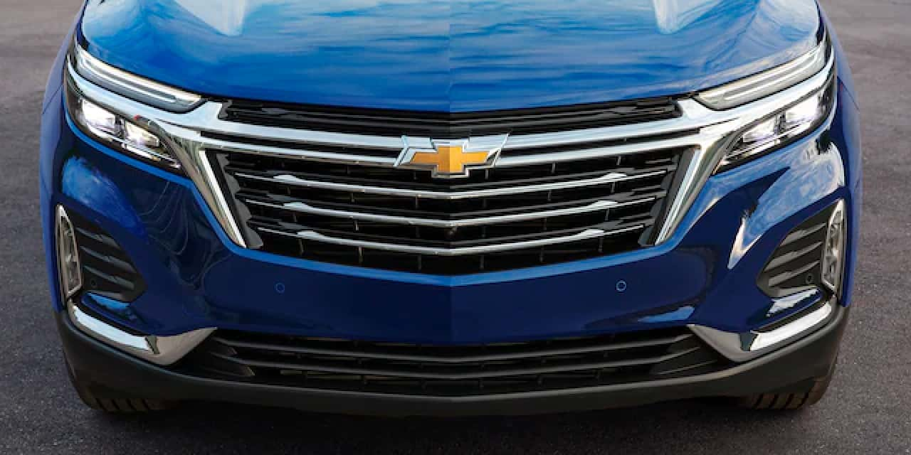 2021 Blue Chevrolet Equinox Front View