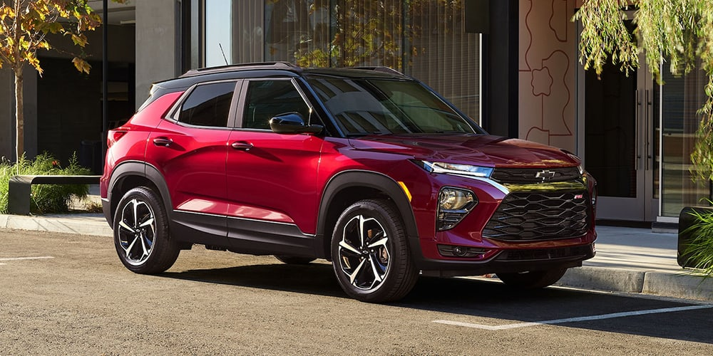 2021 Chevrolet Trailblazer parked on a city street