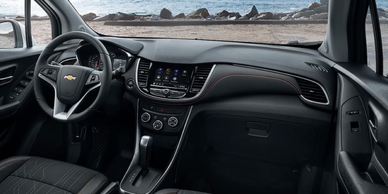 2022 Chevy Trax front dashboard