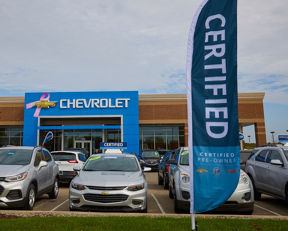 Chevrolet Dealership certified pre-owned lot