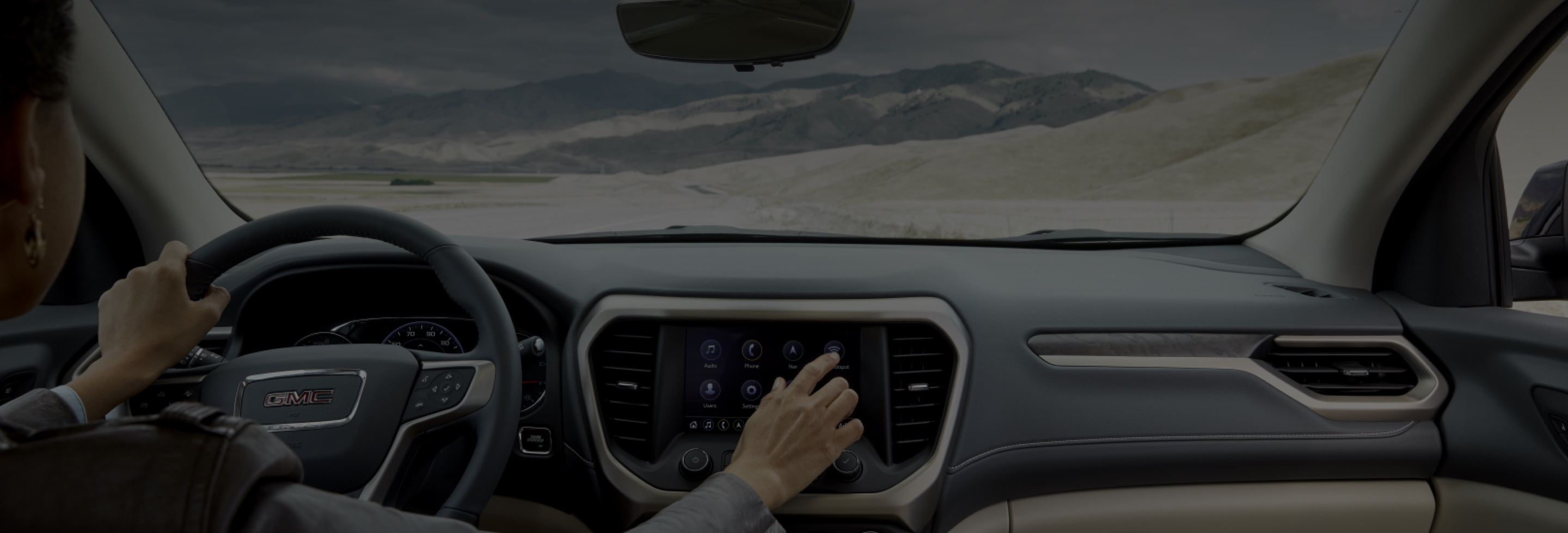 GMC driver using OnStar services