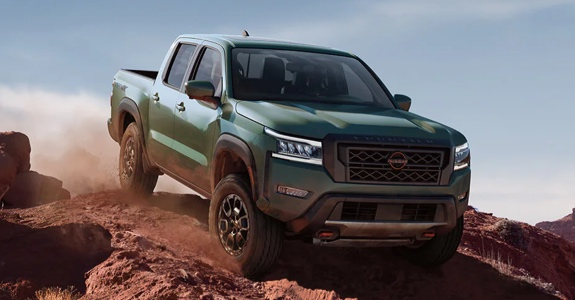 2022 Nissan Frontier on hill