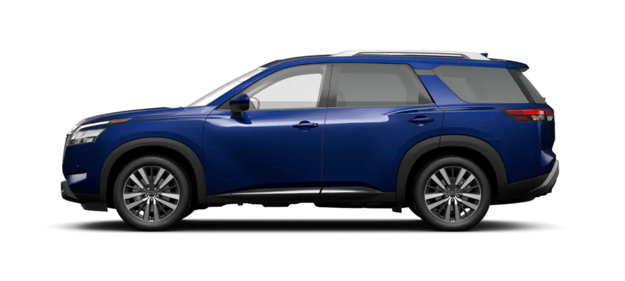 2022 Nissan Pathfinder in Deep Ocean Blue Pearl