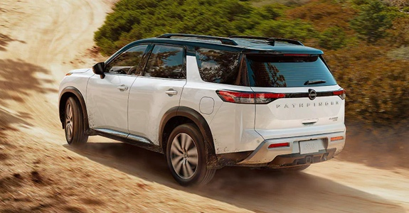 2022 Nissan Pathfinder driving off-road